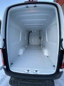 kylmäkone pakettiautoon